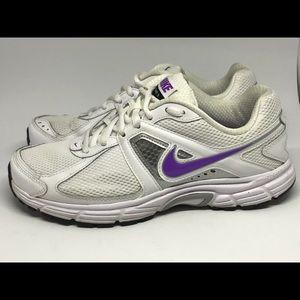 Nike Dart 9 Size 7.5 🏃🏼♀️NOT DIRTY
